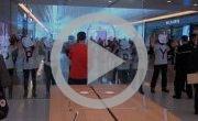 Apple Store de Marseille ciblé par une action d'Attac