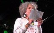 Geneviève Azam lit l'appel de la société civile