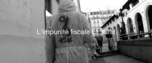 Evasion fiscle : Attac repeint l'Apple Store Saint-Germain